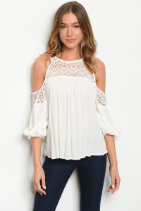 S22-10-5-T10297 OFF WHITE TOP 2-2-2