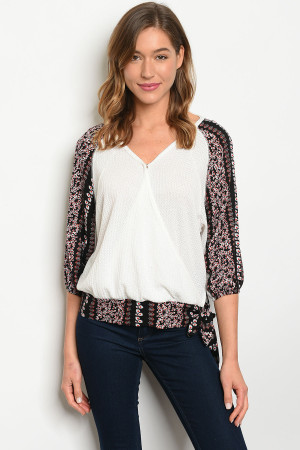 S13-7-4-T2140 WHITE BLACK PRINT TOP 2-2-2