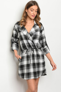 S8-4-2-D10458 BLACK CHECKERED DRESS 2-2-2