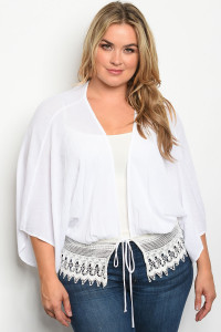 C8-B-3-T3142X IVORY PLUS SIZE TOP 2-2-2