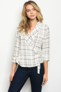 S15-7-5-T13959 IVORY BLACK CHECKERED TOP 3-2-1