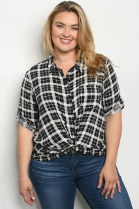 S16-12-4-T9797X BLACK CHECKERED PLUS SIZE TOP 2-2-2