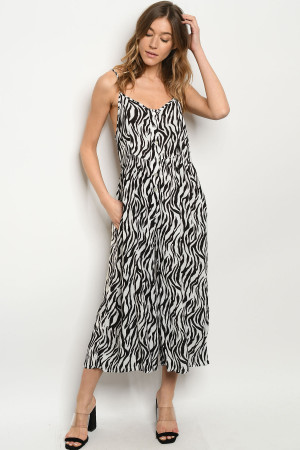 S21-10-3-J5359 BLACK WHITE JUMPSUIT 2-2-2