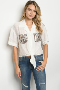 S23-13-4-T2695 WHITE ANIMAL PRINT TOP 2-2-2