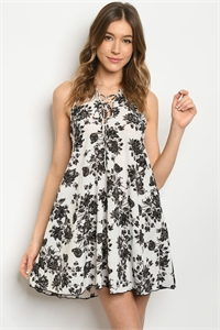 C45-A-1-D7728 WHITE BLACK DRESS 1-2