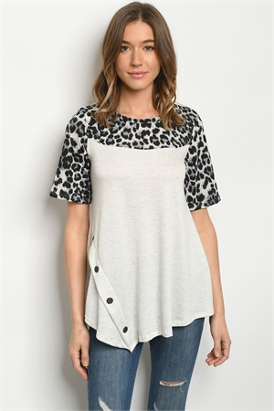 C33-B-3-T5157S GRAY ANIMAL PRINT TOP 2-2-2