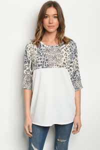 C10-B-1-T5127S OFF WHITE ANIMAL TOP 3-2-2