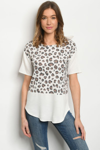 C2-B-3-T51485S OFF WHITE ANIMAL PRINT TOP 2-2-2