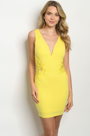 S23-9-3-D67012 YELLOW DRESS 2-2-2