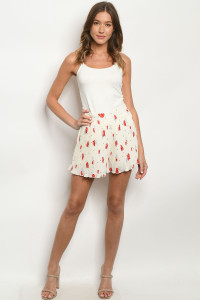S11-1-3-S4104 CREAM WITH FLOWERS SHORTS 2-2-2