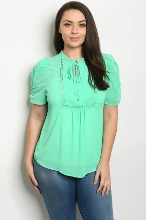S14-9-3-T81247X GREEN PLUS SIZE TOP 2-2-2