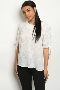 S17-7-1-T275 OFF WHITE TOP 1-1-1