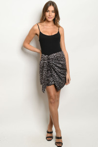 S13-8-1-S40818 GRAY ANIMAL PRINT SKIRT 2-2-2