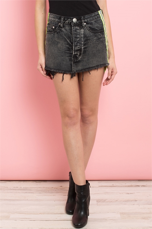 S8-13-3-S7111 BLACK DENIM SKIRT 3-2-1