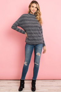 C12-A-3-T9113 BLACK GRAY STRIPES TOP 2-2-2