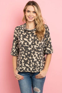 C48-A-1-T9050 TAUPE LEOPARD PRINT TOP 1-2-1