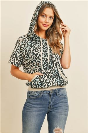SA4-0-1-T0571 BLUE BLACK ANIMAL PRINT TOP 3-2-1