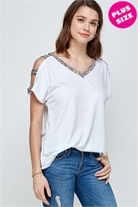 C42-A-2-WT6408X WHITE PLUS SIZE TOP 2-2-2