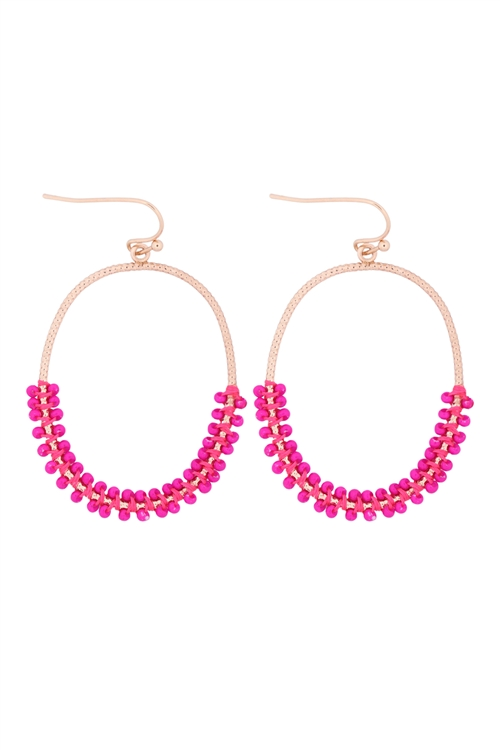 S1-4-4-GSE2407GDHPK - HOOP TEXTURED HALF BEADED EARRINGS - GOLD HOT PINK6PCS
