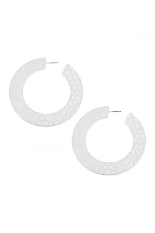 S5-6-2-AHDE2325R SILVER HAMMERED PLATE HOOP EARRINGS/6PCS