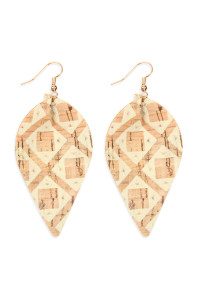 S7-5-2-AHDE2557AZT3 TRIBAL PATTERN PRINTED CORK PINCHED MARQUISE EARRING/6PAIRS