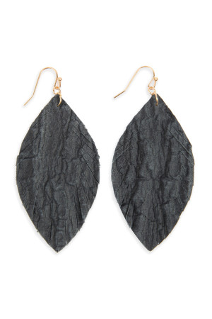 S6-4-3-AHDE2563BK BLACK FRINGED CRUMPLED MARQUISE LEATHER EARRINGS/6PAIRS