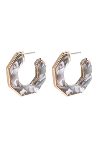 A1-2-2-AHDE2788GY GRAY OPEN POLYGON FACETED ACETATE EARRINGS/6PAIRS