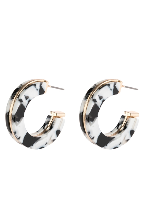 A3-1-2-AHDE2789BW BLACK AND WHITE OPEN CIRCLE FACETED ACETATE EARRINGS/6PAIRS