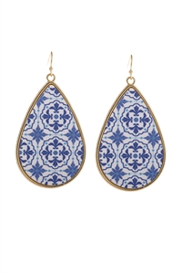 S6-6-5-AHDE3003SP SAPPHIRE PATTERN PRINT FAUX LEATHER DROP EARRINGS/6PAIRS