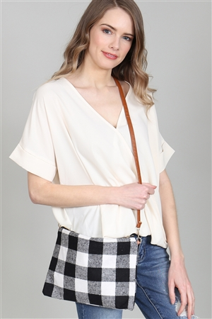 A1-2-1-AHDG2824BK BLACK PLAID CROSS BODY POUCH/6PCS