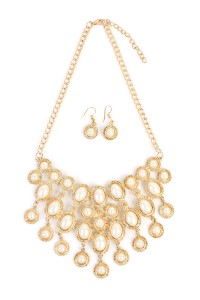 S7-6-2-AHDN1775G GOLD BIB NECKLACE AND EARRING SET/6SETS