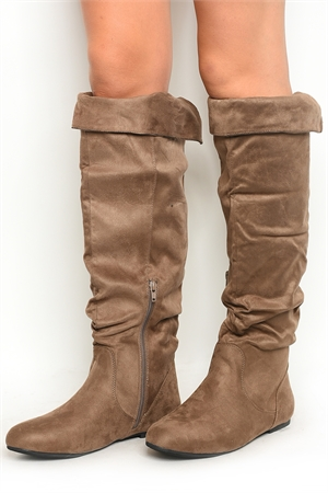 S1-P29-TOP-01 TAUPE BOOTS 2-2-2-2-2/10PAIRS