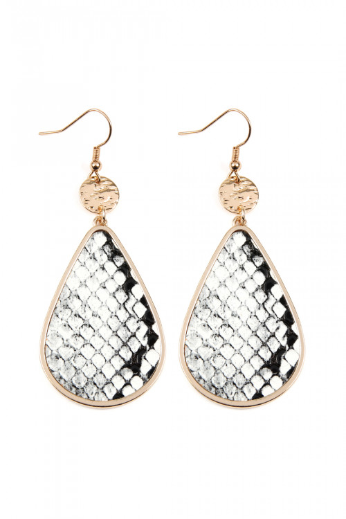 A3-3-3-AKE0712WT WHITE SNAKE DANGLING TEARDROP WITH ANIMAL SKIN LEATHER INSET EARRING/6PAIRS
