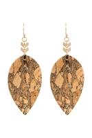 S22-7-2-ME20014GBRW - TEARDROP EMBELLISHED CORK LEATHER EARRINGS - GOLDEN BROWN /6PCS