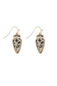 S23-4-4-ME3118DAL-ARROW HEAD SEMI STONE EARRINGS-DALMATIAN/6PCS