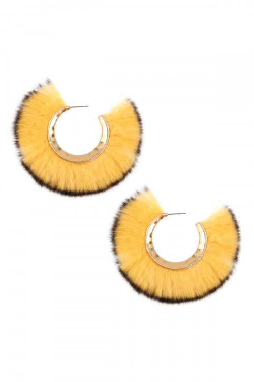A1-1-5-AME7502MUS MUSTARD FUR POST HOOP EARRINGS/6PAIRS