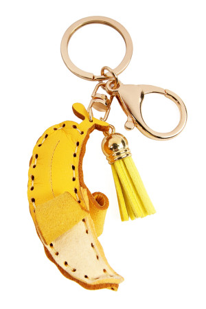 S7-5-3-AMYK1001BAN BANANA LEATHER CHARM KEYCHAIN/6PCS