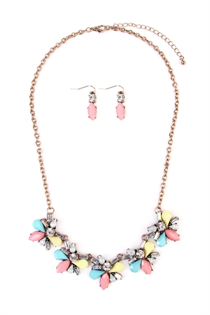 S4-6-2-AMYN1025 ACRYLIC FLOWER STATEMENT NECKLACE AND EARRING SET /6SETS