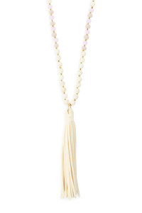 S7-4-5-AMYN1066WH WHITE BEADED NECKLACE WITH LEATHER TASSEL/6PCS