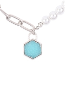 S19-9-4-MYN1320RGR-DRUZY PENTAGON PENDANT HALF CHAIN HALF PEARL NECKLACE-SILVER TURQUOISE/6PAIRS