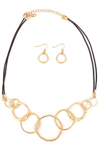 S1-1-4-LBN8136GD MATTE GOLD CIRCLE FASHION NECKLACE & EARRING SET/3SETS