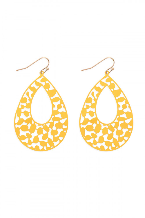 S1-3-4-PE3127WGYEL - LASER CUT FILIGREE TEARDROP FISH HOOK EARRINGS-YELLOW/6PCS