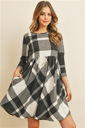 S9-16-2-PPD1005-OFWTBK - 3/4 SLEEVE PLAID DRESS- OFF-WHITE BLACK 1-2-2-2