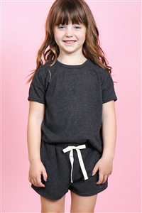 S14-9-2-PPP4033T-CHL2T-1 - TODDLER GIRLS SOLID HACCI BRUSHED TOP AND SHORTS SET WITH SELF TIE- CHARCOAL 2TONE 2-2-2