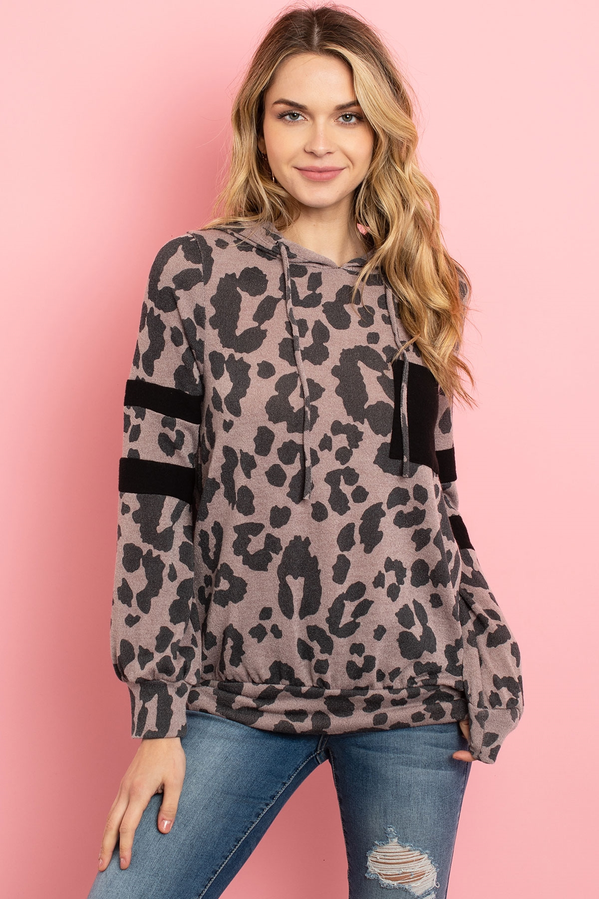 S10-9-3-PPT2019-CCBK - BRUSHED POCKET AND SLEEVED DETAIL LEOPARD PRINT HOODIE- COCO BLACK 1-2-2-2