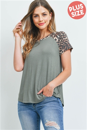 S13-4-2-PPT2159X-LTOVBWN - PLUS SIZE LEOPARD SLEEVE AND NECKBAND SOLID RIB TOP- LIGHT OLIVE/BROWN 3-2-1