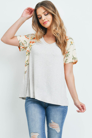 S15-12-3-PPT2201-SXOTKHK-1 - FLORAL CONTRAST TWO TONED V-NECK TOP- SEXY OATMEAL/KHAKI 0-2-2-2