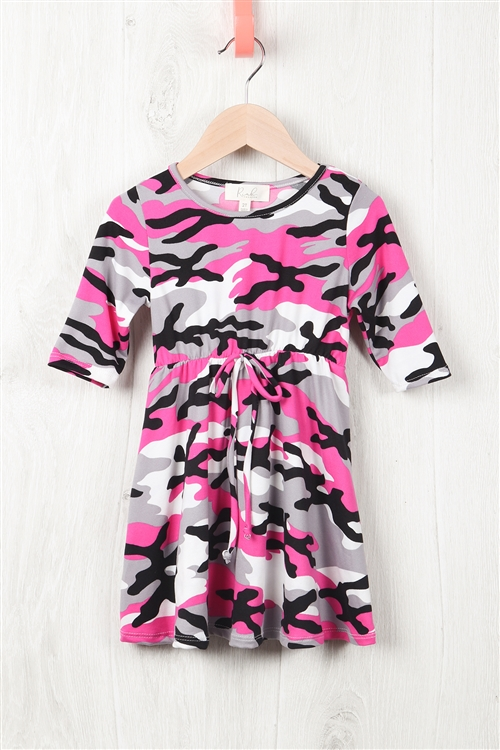 S10-2-3-RFKD1003QS-RCM010-FCH - TODDLER GIRLS QUARTER SLEEVE CINCH WAIST FRONT CAMO DRESS- FUCHSIA 2-2-2-2