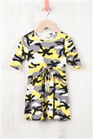 S10-4-3-RFKD1003QS-RCM010-YLW - TODDLER GIRLS QUARTER SLEEVE CINCH WAIST FRONT CAMO DRESS- YELLOW 2-2-2-2
