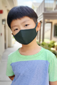 S6-4-3-ARFM7001K-CT-HGN HUNTER GREEN PLAIN REUSABLE FACE MASK FOR KIDS/12PCS **Size not intended for kids 2 years old and below**